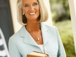 Anne_Graham_Lotz