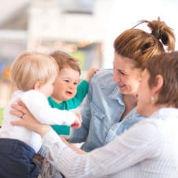 The 10 Habits Of Happy Mothers 1